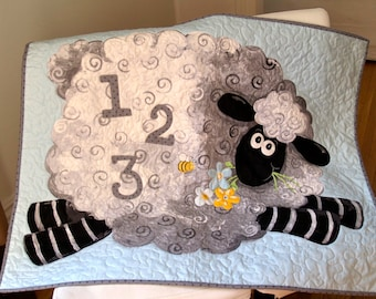 Counting Sheep Baby / Toddler Quilt