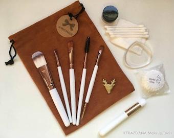 Makeup tools kit