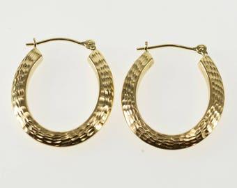 14k Diamond Cut Patterned Ridged Oval Hoop Earrings Gold
