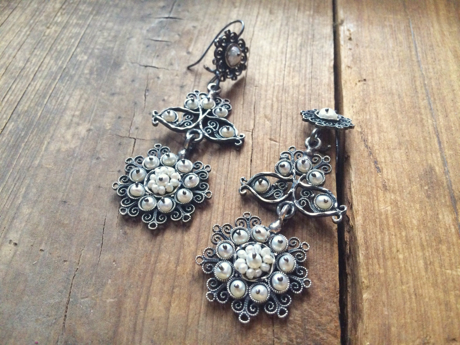 Vintage mexican silver filigree chandelier earrings with natural vintage mexican silver filigree chandelier earrings with natural pearls spanish colonial style mozeypictures Images