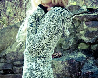 Black and White REVERSIBLE paisley HOODIE jacket