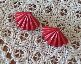 VINTAGE FAN EARRINGS - red novelty earrings, geometric, stud back (1950s 1980s)