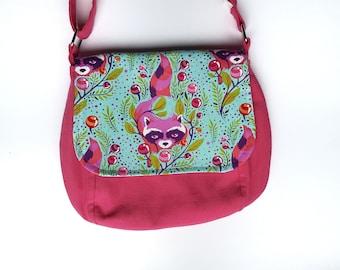 Racoon Messenger Bag, Pink Messenger Bag, Sunrise Saddle Bag, Crossbody Bag, Medium Size Purse, Racoon Purse, Pink Crossbody Bag