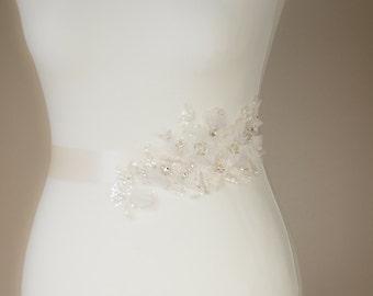 Ivory Bridal belt, Bridal belt, Lace Wedding dress belt, Crystal Wedding belt, Wedding sashes belts, Ivory Lace belt, Bridal sash