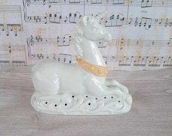Vintage Avon Porcelain Unicorn Figure / The Tapestry Collection/ old potpourri container