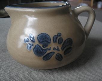 Vintage Pfaltzgraff Smalle pitcher/ creamer