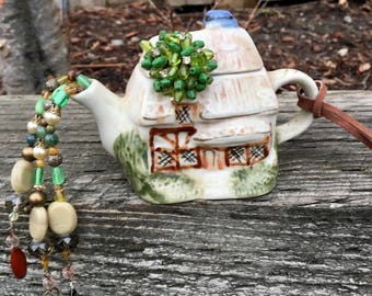 Mini Tea Pot Ornament, Repurposed Tea Pot Mobile, Irish Cottage, Upcycled Tea Pot, Fairy Garden, Window Decor, Sun Catcher, Tea Party Decor
