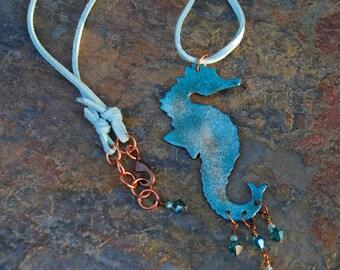 Hippocampe émaillé turquoise