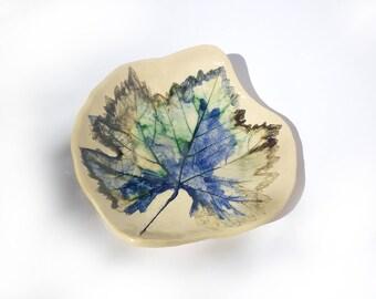 coupe feuille imprimée, coupe apéritive, repose bijou, art table,fait en France, objet d'art,cendrier ceramique, cadeau homme,esprit nature