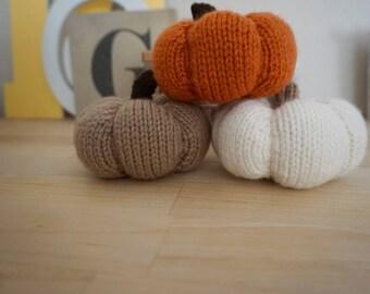 Knit Pumpkins | Fall Decor