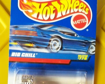 Hot Wheels 1997 Diecast Coll. #779 Big Chill White & Blue 19948 *New In Package*