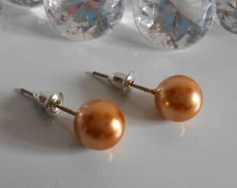 Wedding Stud Earrings 10 mm caramel Pearl