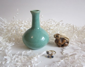 Mint green bud vase, Ceramic Minimalist Bottle, Home decor