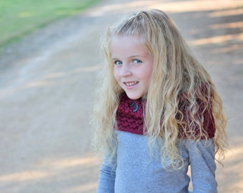 Cozy Cowl Crocheted  Napa Valley Red Photo Prop Scarf Shawl Winter Toddler Child Preteen/Teen