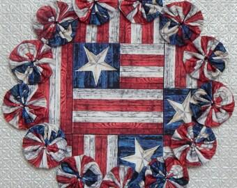 """Weathered Board US Flag 8.5"""" Yo Yo Doily"""