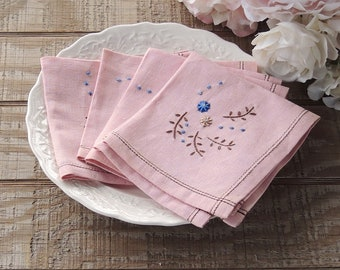 Mismatched Pink Embroidered Cotton Napkins, Set of 4  Vintage Table Linens Cottage Style, French Farmhouse