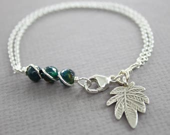 Dark teal agate sterling silver bracelet with a leaf dangle, Beaded bar Bracelet - Dainty bracelet - Charm bracelet - Chain bracelet, BR-019