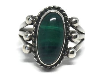 Native American Malachite Sterling Silver Ring Size 6 1/2, Vintage Ring, Vintage Jewelry, Southwestern Ring, Bohemian Jewelry, Green Stone,