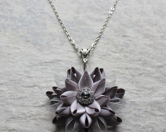 Silver Bridesmaid Necklace, Silver Flower Necklace, Statement Pendant Necklace, Silver Necklaces, Unique Bridesmaid Jewelry, Black Diamond
