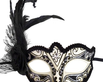 Ambrosia Cream & Black Masquerade Mask U309