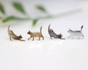 Stretching Cat post earring, Pet earrings, Animal earrings