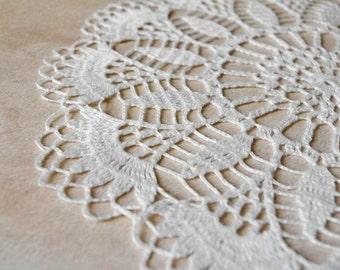 Round crochet doily White linen handmade crochet doilies Centerpiece table decor Lace doilies crochet Elegant doily 138