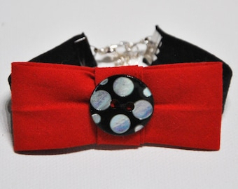 Bracelet bow and button