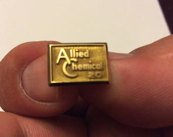 10k Allied Chemical gold 20 year service pin