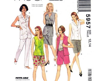 Womens Sewing Pattern Vest Sleeveless Blouse Skirt Pants & Shorts McCalls 5957 Casual Suit Size 12-14 or 14-16 UNCUT