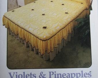 Vintage Annie's Attic Leaflet, Violets and Pineapples Bedspread Pattern, Crochet Bedspread Pattern, Crochet Pattern Crochet Thread