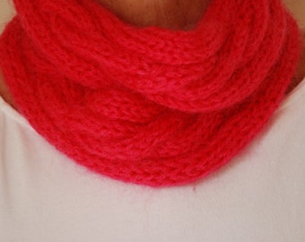 knitted wool cowl in fucsia.