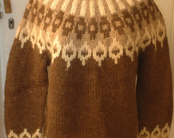 Iceland hand made knit sweater 1980s long sleeve pullover Icelandic traditional wool