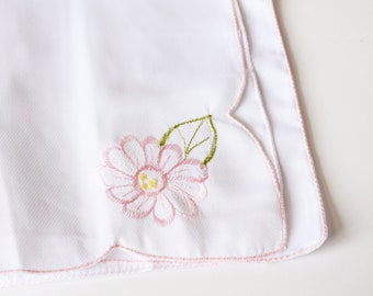 Embroidered  Napkins, Flower Napkins, Sewing Craft, Embroidery Crafts
