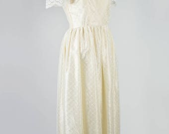 Ivory Lace and Satin 1960s Wedding Dress, Small