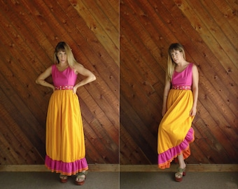 Floral Embroidered Sleeveless Ruffle Maxi Dress - Vintage 60s 70s - XS S