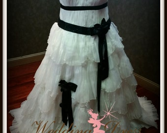 Plus Size Black and White Wedding Dress Plus Sized Bridal Gown