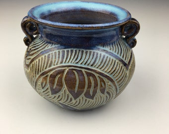 Opal Leaf Vase