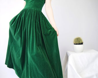 1930's Emerald Green Dress