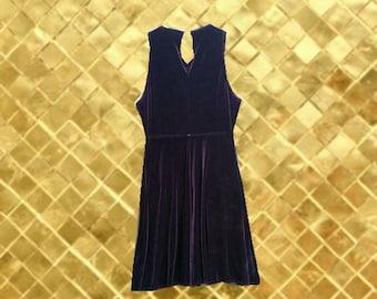 Vintage 90s Purple Velvet Skater Dress (Size 7/8)