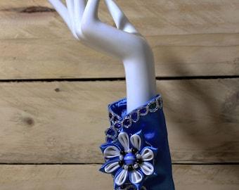 Beaded Women Wrist Purse -Blue Wrist wallet-Wristlet-Cuff wallet-Purse
