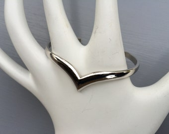 Vintage Silvertone Avon Cuff Bracelet