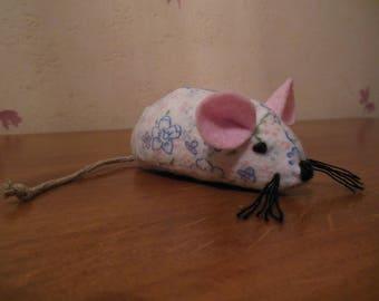 Natural catnip filled cat toy.