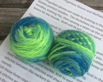 Knitting kit. Handspun hand dyed fingerless gloves/Muffatees knitting kit. Softly spun singles