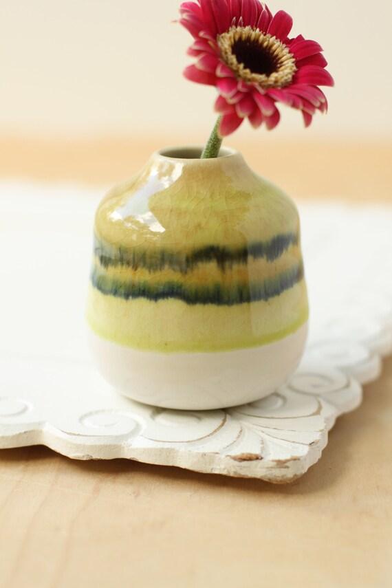 ceramic bud vase // bottle vase