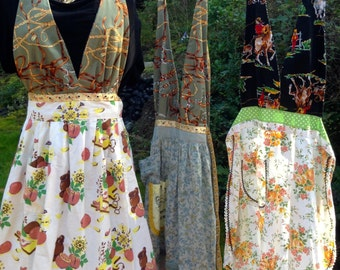 Mothers Day Apron Cowgirls Apron Aprons for women Pretty Halter Vintage Apron Womans Apron  Cute apron  for horse lovers