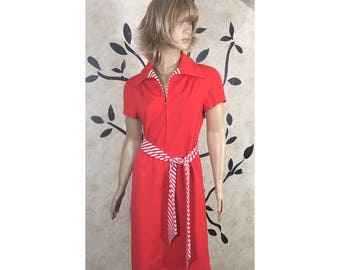 1960's vintage dress, Red vintage dress, Retro dress, Classic Red dress, Women's Red dress