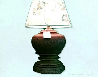 Thai coconut shell lamp