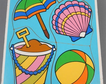Vintage Playskool Things at the Beach Wood Frame Tray Puzzle Beach Ball Sand Pail Seashell Complete