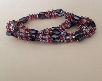 Arabian Nights red and black magnetic bracelet