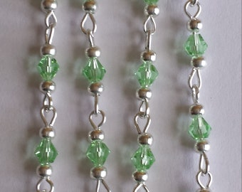 chain 55cm / 4mm light green glass beads